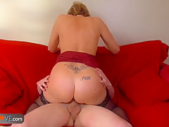 AGEDLOVE - Mature women getting fucked by young man