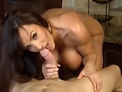 Hot Glamour MILF Lisa Ann Teases Us In The Kitchen