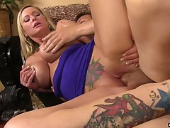 After being fucked in cowgirl pose tattooed Alison Kilgore gives dude rimjob