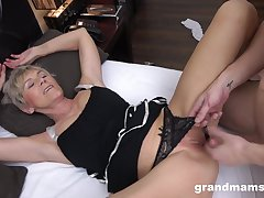 Short haired blonde amateur granny sucks dick and gets pussy pounded
