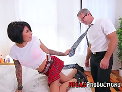 Dissimulate daddy can't cock a snook at fucking whorish step lass in college uniform Jacki J