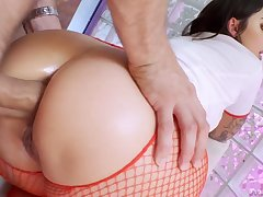 Spoiled attractive curvy nurse Ivy Lebelle blows cock before good anal