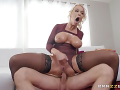 oiled London River spreads her legs for a cock while she screams